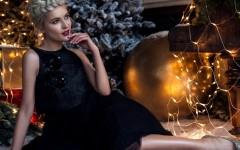 black-dress-christmas