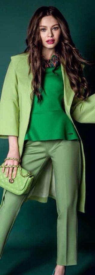greenery-culoarea-anului-2017