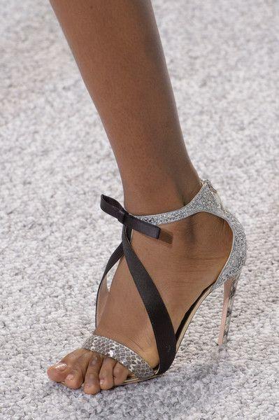 pantofi-argintii-giambattista-valli