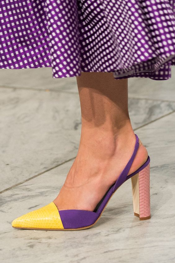 sandale-colorate-carolina-herrera