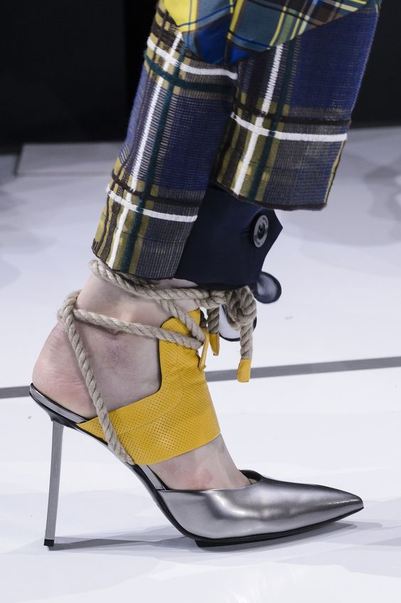 sacai-pantofi-sfoara