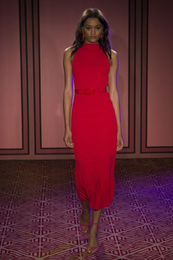rochie-rosie-lunga