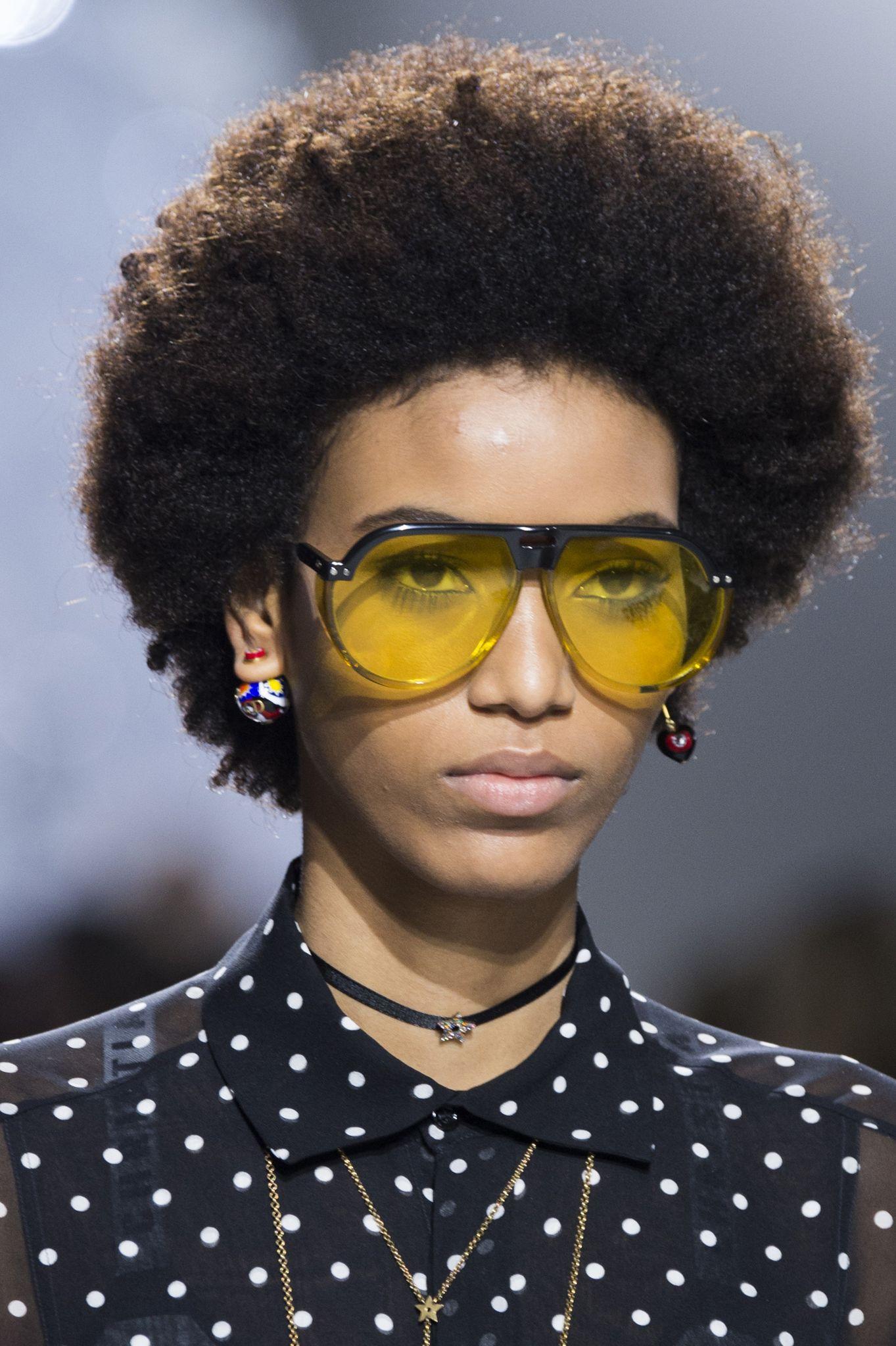 ochelari-soare-colorati