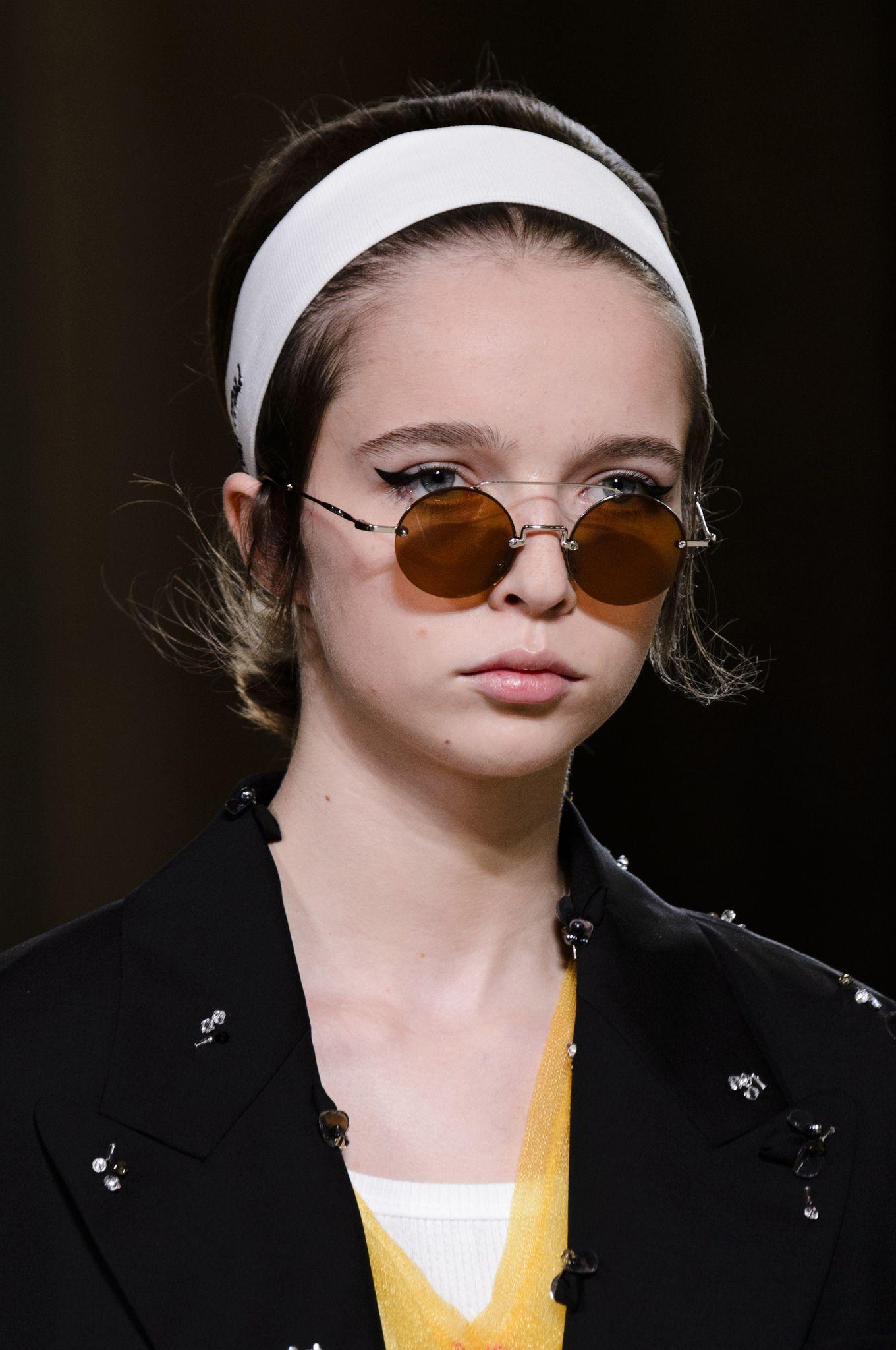 ochelari-soare-miu-miu