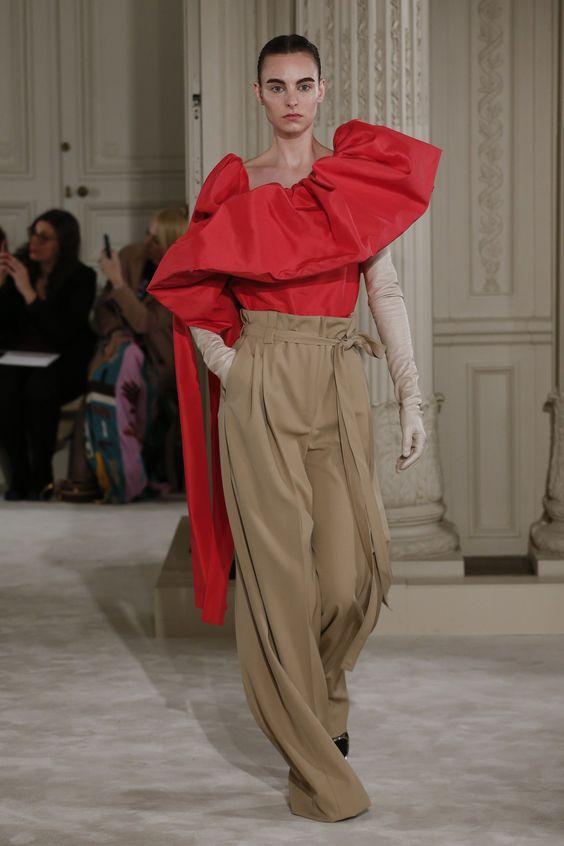 pantaloni-evazati-valentino