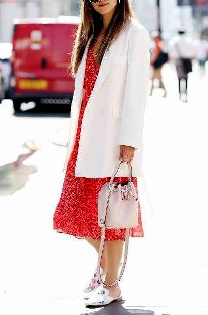 rochie-rosu-alb-midi