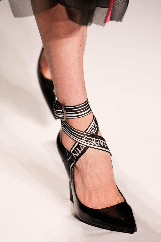 pantofi-lanvin