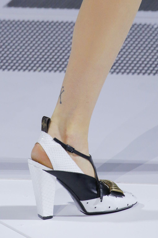 pantofi-louis-vuitton