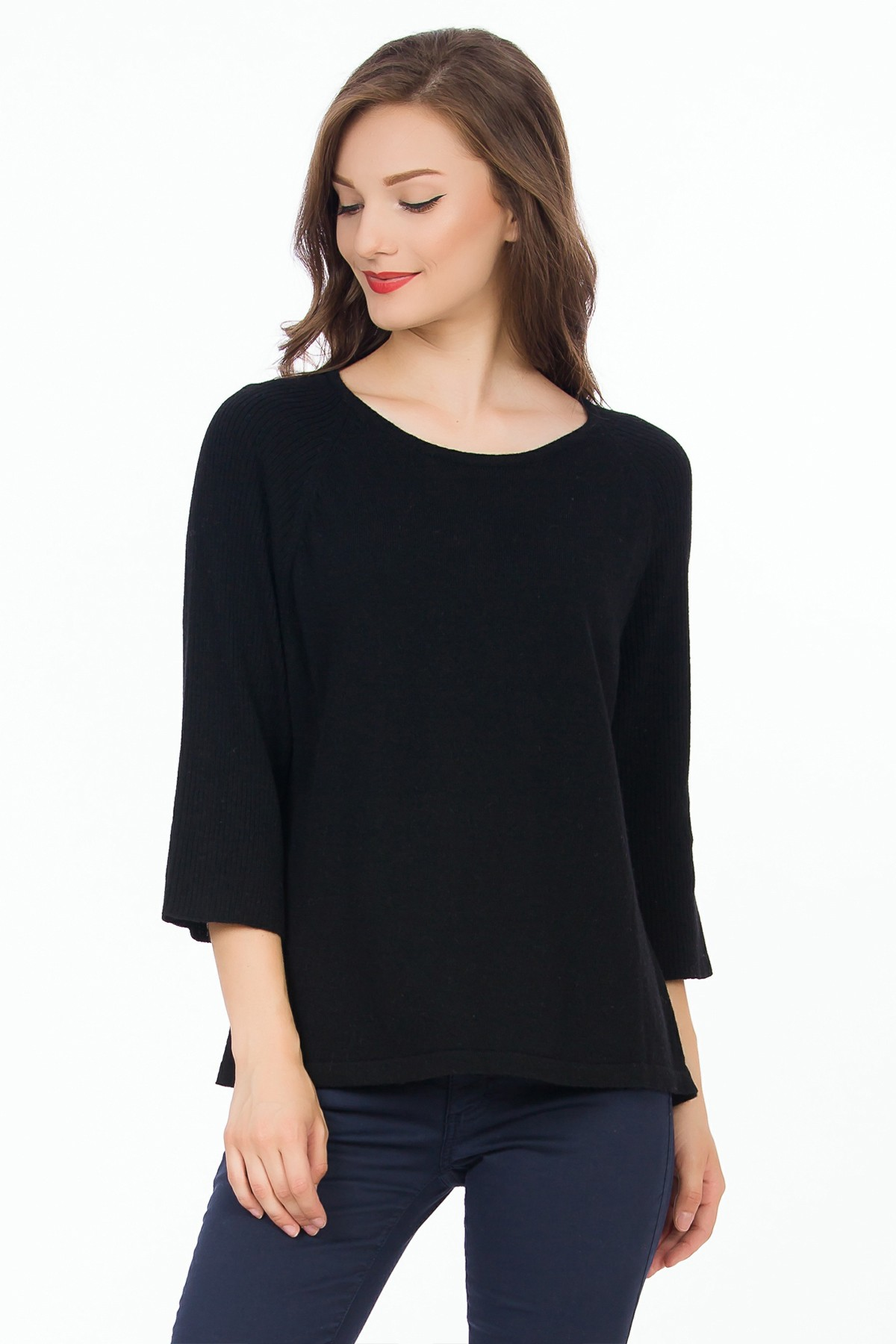 pulover-negru-sense