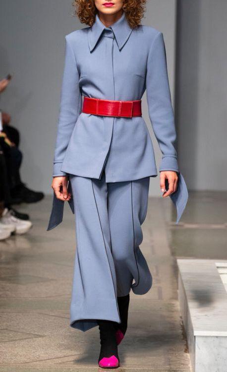 costum-albastru-elegant-2019
