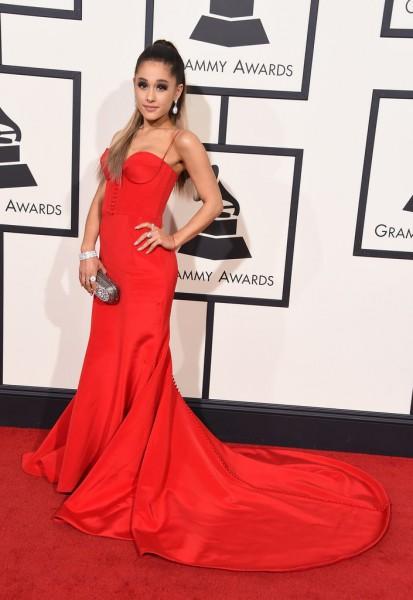 Romona Keveza-Ariana-Grande
