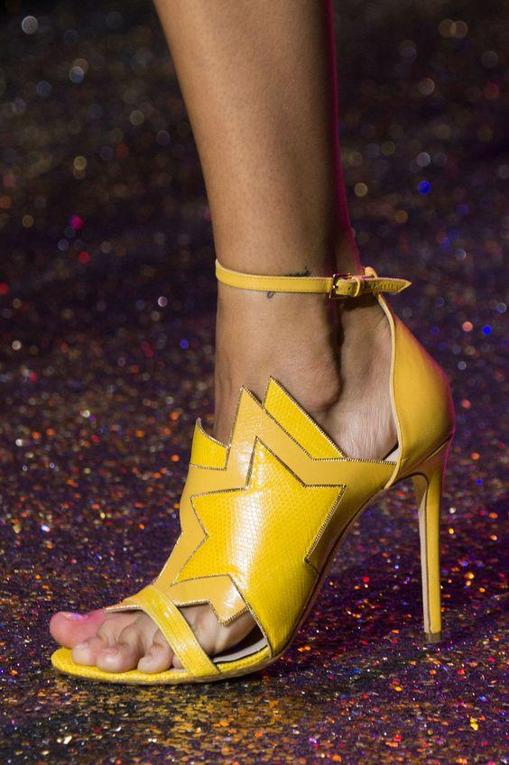 pantofi-colorati-saab