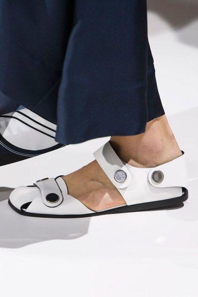 sandale-dries
