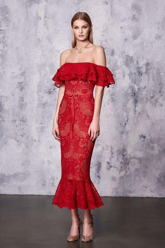 rochie-dantela-rosie