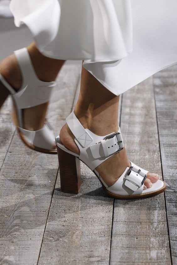 sandale-catarame-kors