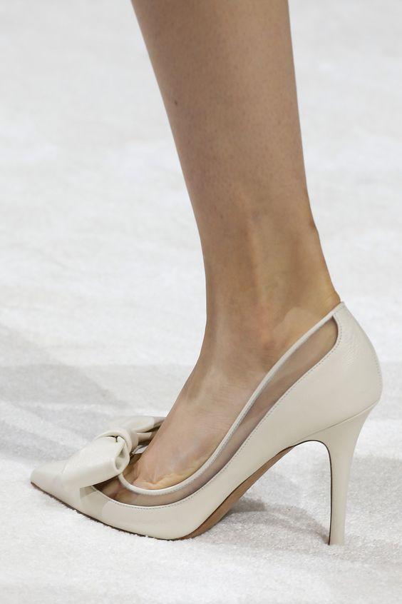 pantofi-transparente