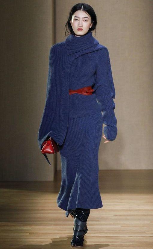 tricot-albastru