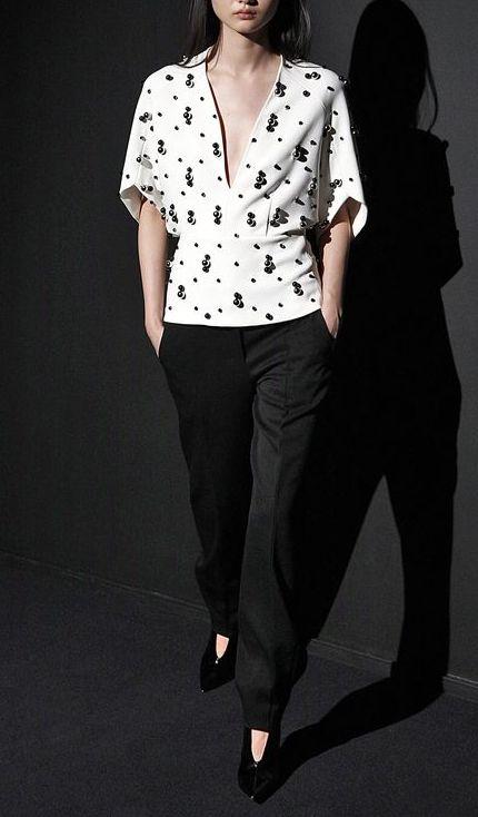 bluza-alb-negru-2019