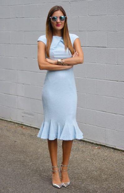 rochie-albastra-volan