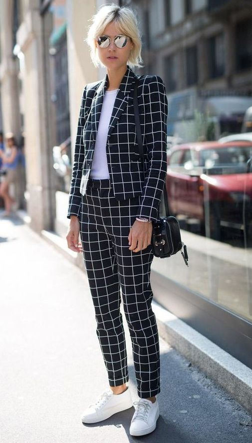 tricou-alb-costum-birou