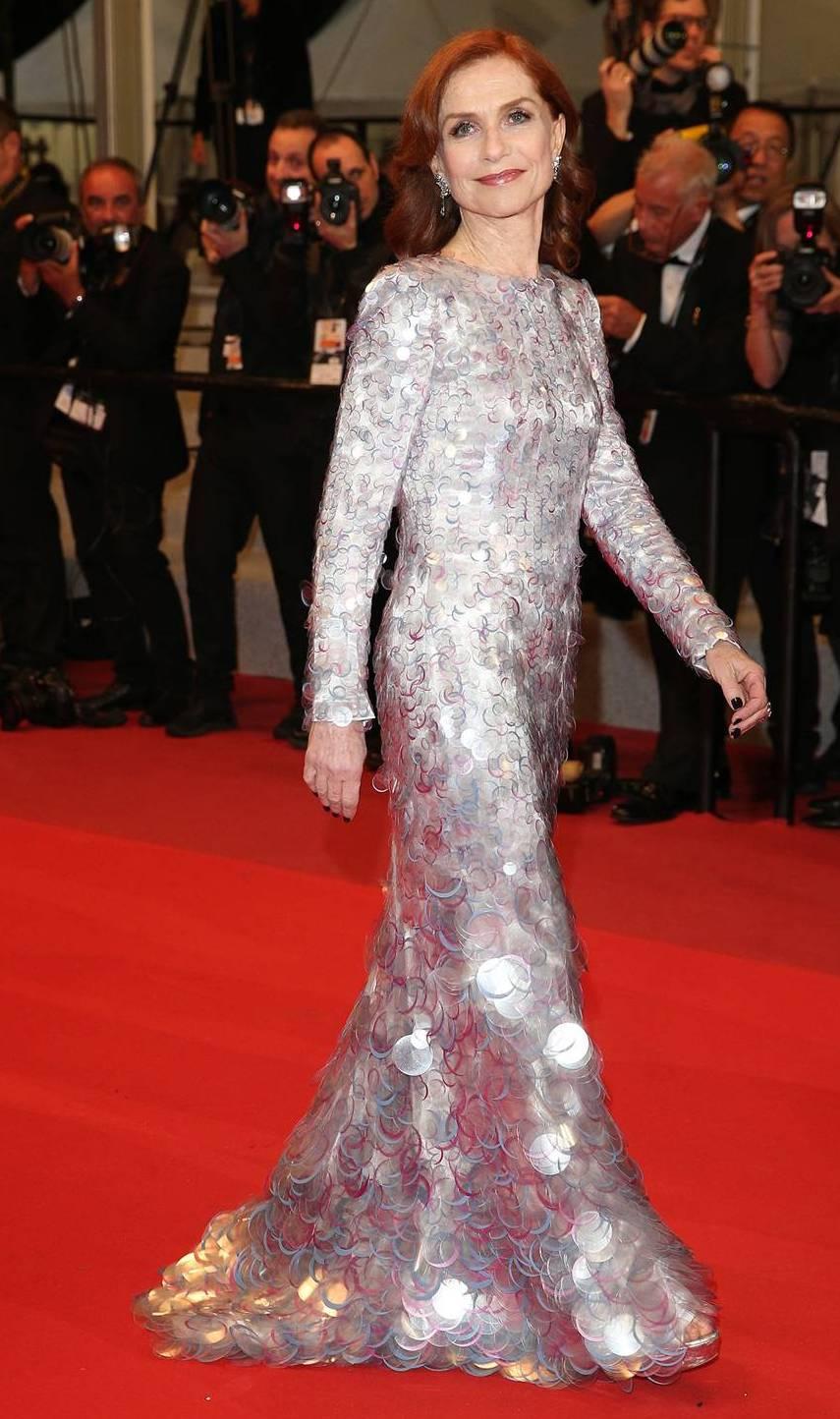 rochie-argintie-lunga