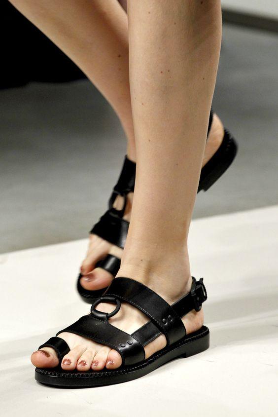 sandale-negre