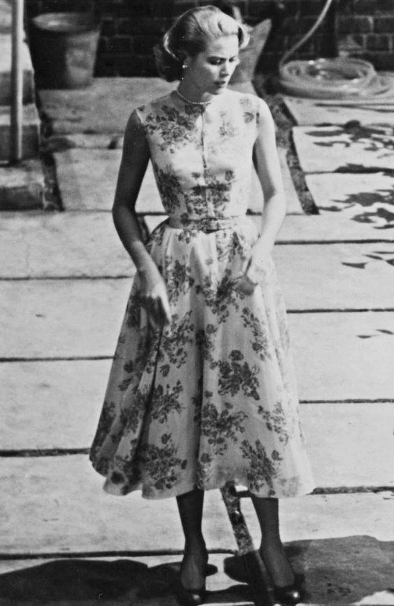 rochie-midi-flori