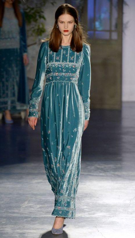 rochie-catifea-lunga