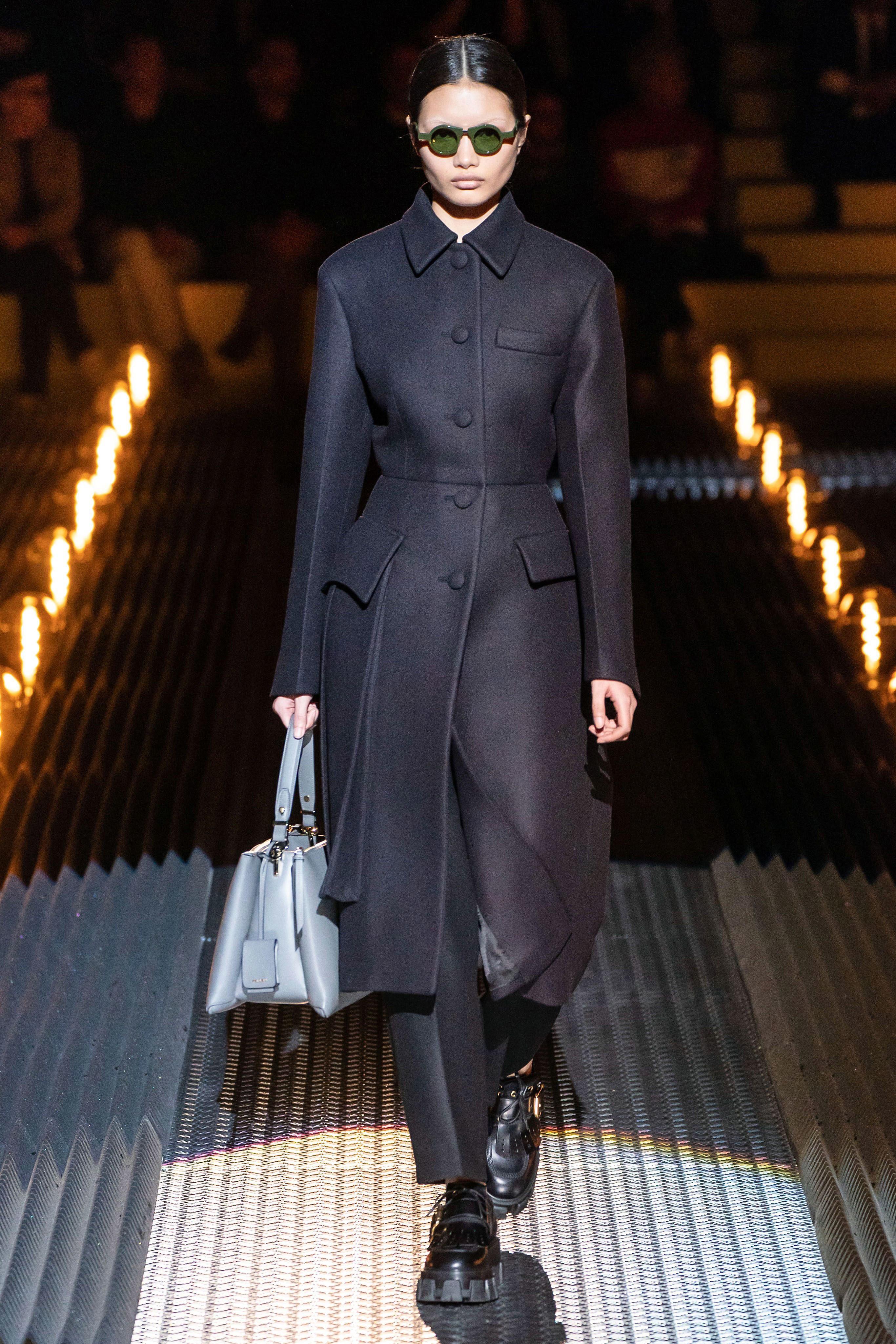 palton-negru